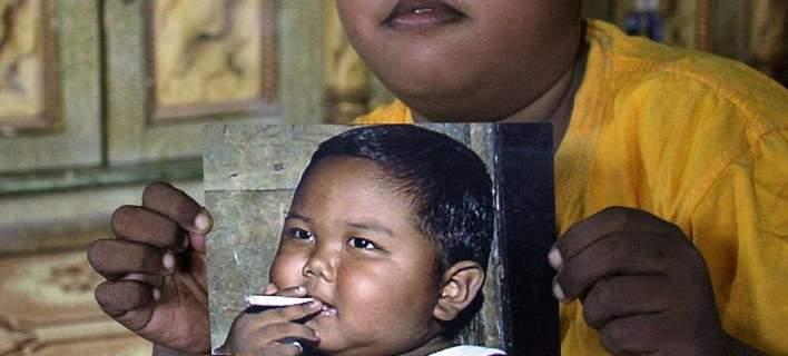 Πώς είναι σήμερα το παιδί που από τα 2 του κάπνιζε 40 τσιγάρα ημερησίως