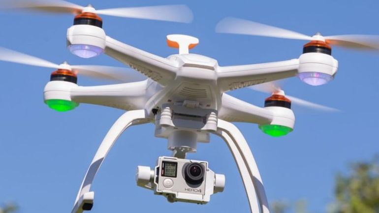 Drones κάνουν πρεμιέρα σε αστυνομία και πυροσβεστική