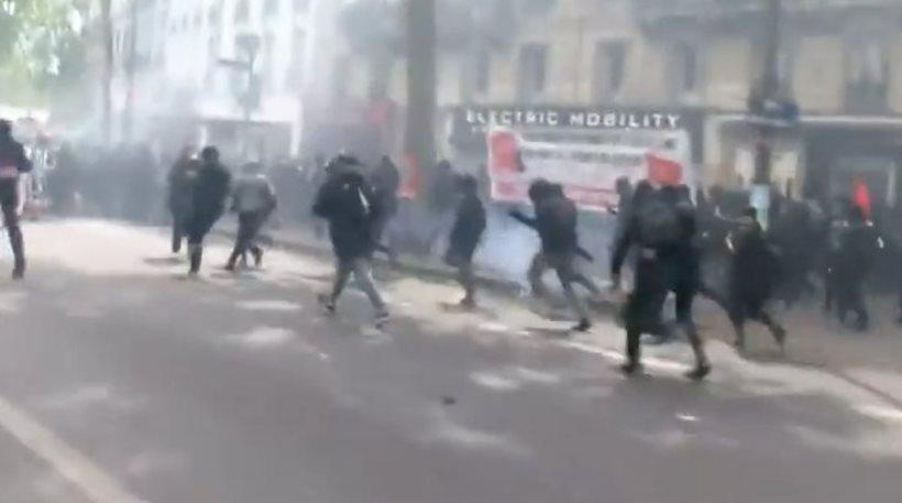 Επεισοδιακή Πρωτομαγιά στο Παρίσι: 2 τραυματίες αστυνομικοί σε συγκρούσεις με διαδηλωτές