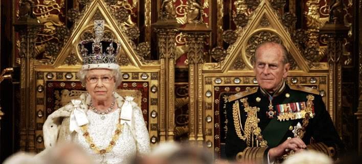 Μπάκιγχαμ: Παραιτείται από τα βασιλικά του καθήκοντα ο πρίγκιπας Φίλιππος, σύζυγος της Ελισάβετ