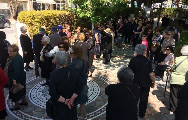 Ξεσηκωμός στη Ν. Αγχιάλο για τα ειδοποιητήρια τελών ταφής