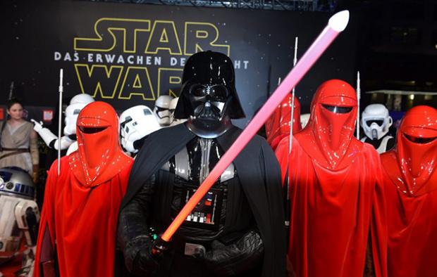 Μαθητής ντυμένος Darth Vader έσπειρε τον πανικό σε σχολείο του Ουισκόνσιν