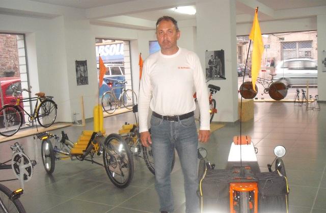 Συλλεκτικά ποδήλατα και κατασκευές στον Βόλο