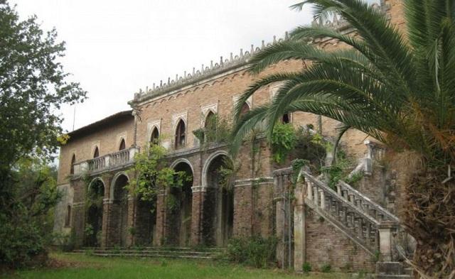«Πράσινο» για την πώληση του Castello Bibelli [photo]