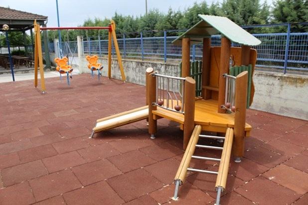 Η πρώτη παιδική χαρά για ΑμεΑ στην Λάρισα [φωτογραφίες]
