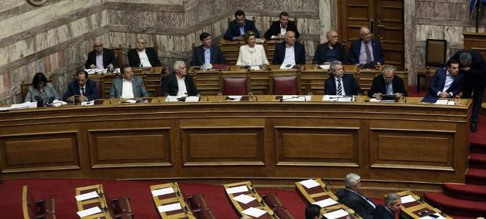 Στη Βουλή με μέτρα 4,5 δισ. ευρώ το συμπληρωματικό Μνημόνιο
