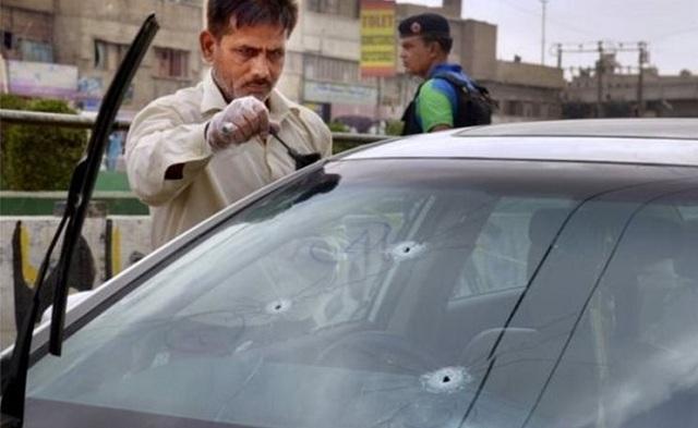 Πακιστάν: Δέκα εργαζόμενοι δέχθηκαν πυροβολισμούς ενώ δούλευαν