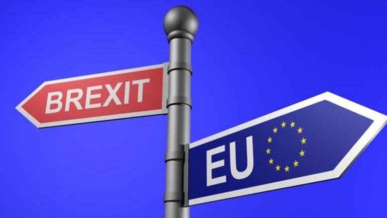 Το Λονδίνο δεν αναγνωρίζει αρμοδιότητα του Ευρωπαϊκού Δικαστηρίου για τους πολίτες της ΕΕ