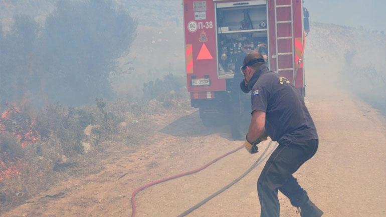 Συνελήφθη 28χρονος για την πυρκαγιά στους Αγίους Θεοδώρους