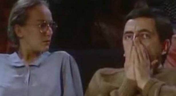 Ο Mr Bean πρωταγωνιστής στο σποτ του ΠΑΜΕ για την απεργία -βίντεο