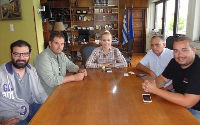 Συνάντηση του νέου Δ.Σ. των εκπαιδευτών υποψηφίων οδηγών με την Αντιπεριφερειάρχη