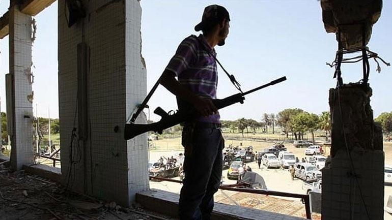 Λιβύη: Επίθεση σε στρατιωτική βάση με 141 νεκρούς