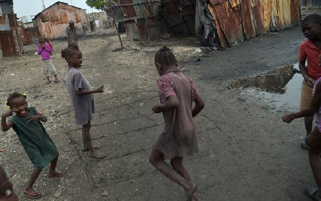 Επτά νεκροί και 19 αγνοούμενοι από τις καταρρακτώδεις βροχές στην Αϊτή