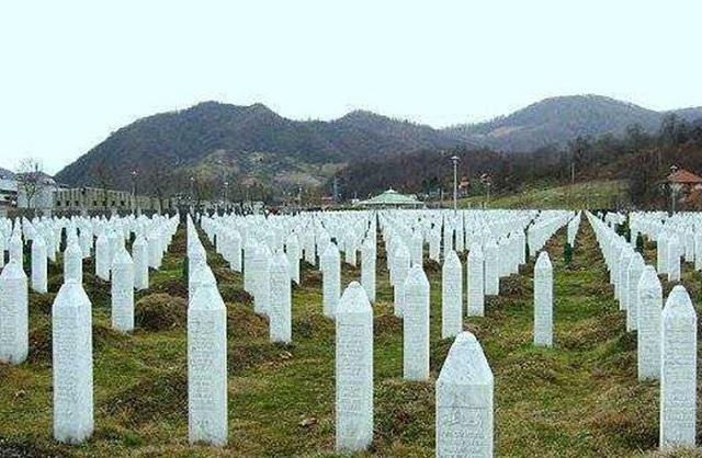 Τη δημιουργία μουσουλμανικού νεκροταφείου στην Αττική ζητούν 34 βουλευτές του ΣΥΡΙΖΑ