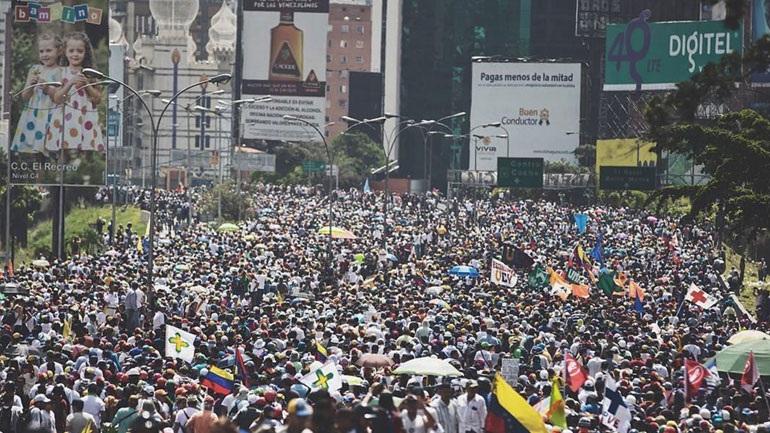 Όγδοη εβδομάδα κινητοποιήσεων κατά του Μαδούρο στη Βενεζουέλα