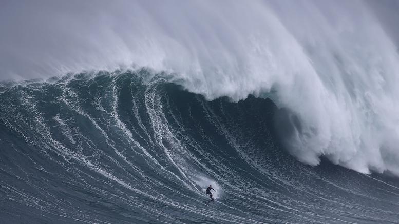 Κύμα για... Γκίνες κατέγραψαν επιστήμονες στον Ειρηνικό ωκεανό