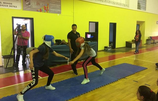 Μαθητές μαθαίνουν ολυμπιακά αθλήματα