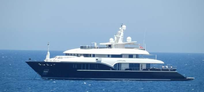 Στα Χανιά το σούπερ γιοτ του πλουσιότερου Ελληνα στον κόσμο [εικόνες]