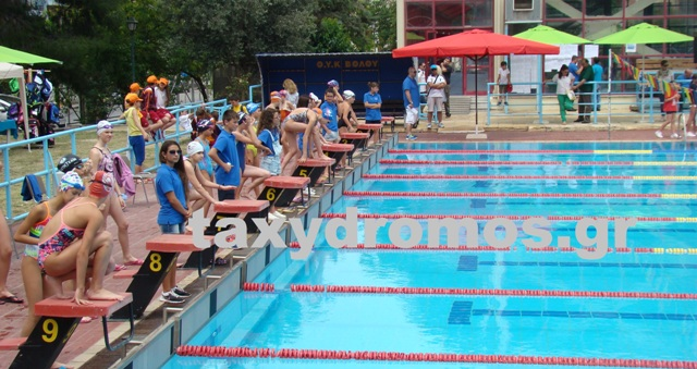 Γιορτή του αθλητισμού στο κολυμβητήριο του ΕΑΚ