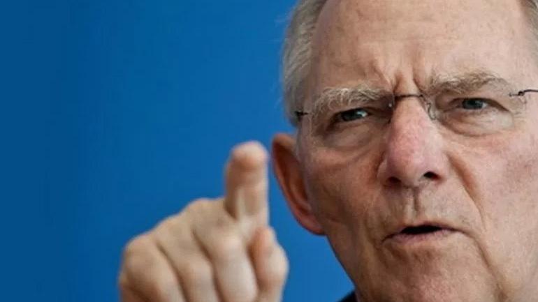 Σόιμπλε κατά ΔΝΤ για το ελληνικό χρέος