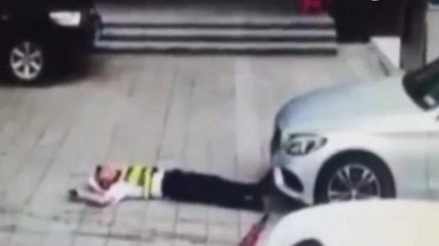 Οδηγός πάτησε εν ψυχρώ αστυνομικό για να αποφύγει την κλήση! [vid]