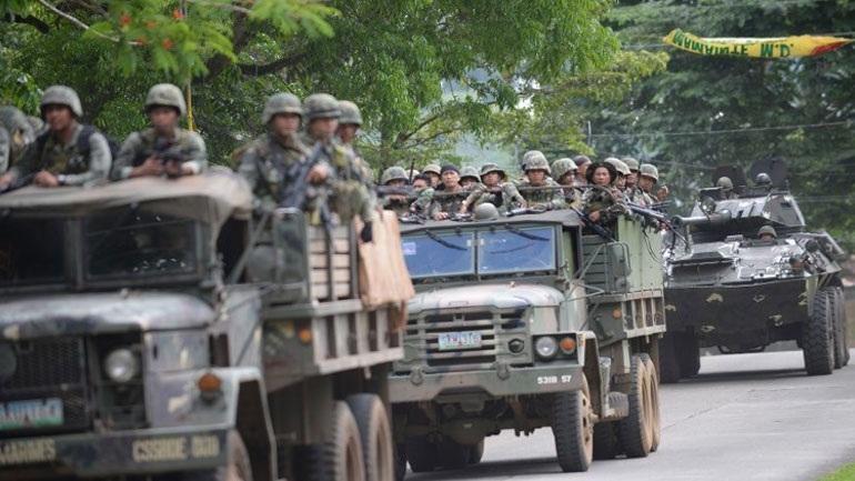 Φιλιππίνες: Τουλάχιστον 10 νεκροί στρατιώτες από φίλια πυρά έπειτα από αεροπορικό βομβαρδισμό