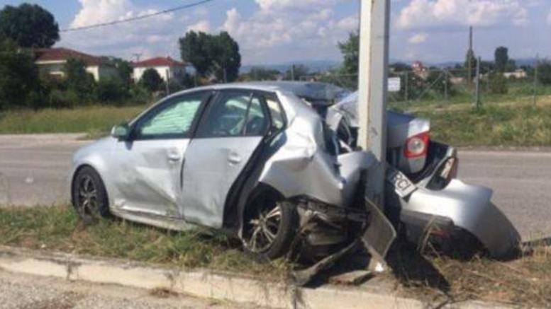 Σοβαρό τροχαίο στα Τρίκαλα με 4 τραυματίες, οι 2 σοβαρά