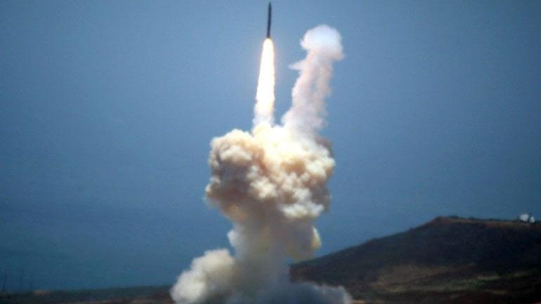 Nέα εκτόξευση πολλαπλών πυραύλων από τη Βόρεια Κορέα