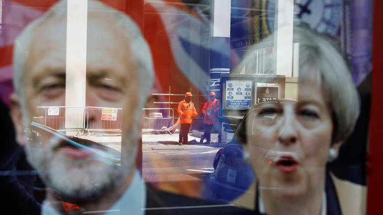Μέι ή Κόρμπιν; Τι δείχνουν οι πέντε τελευταίες δημοσκοπήσεις