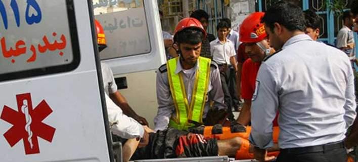 Ιράν: Επίθεση με οξύ σε 16 άτομα στην Τεχεράνη