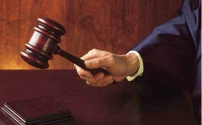 Καταδίκη για την κλοπή τσαντών καθαριστριών