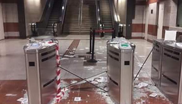 Βανδαλισμοί στα ακυρωτικά μηχανήματα του σταθμού Μετρό Κεραμεικός