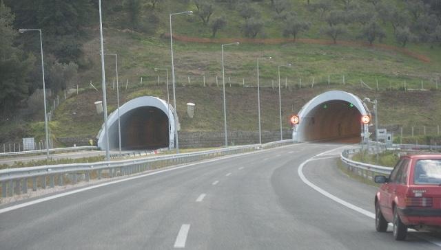 Κυκλοφοριακές ρυθμίσεις σε Αγ. Κωνσταντίνο και Καμένα Βούρλα