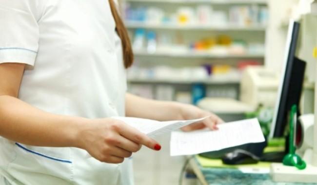 Σοκ στους φαρμακοποιούς από παράνομη πώληση φαρμάκου στο διαδίκτυο