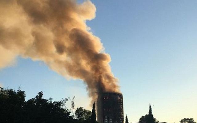 Κάτοικοι παραπονούνταν για την παραβίαση των κανόνων ασφαλείας στον πύργο