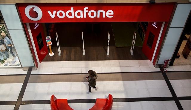 Η Vodafone στέκεται κοντά στους συνδρομητές της στη Λέσβο