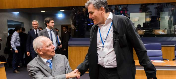 Παζάρι τώρα στο Eurogroup: Η Ελλάδα ζητά επιπλέον μετρητά και χρέος