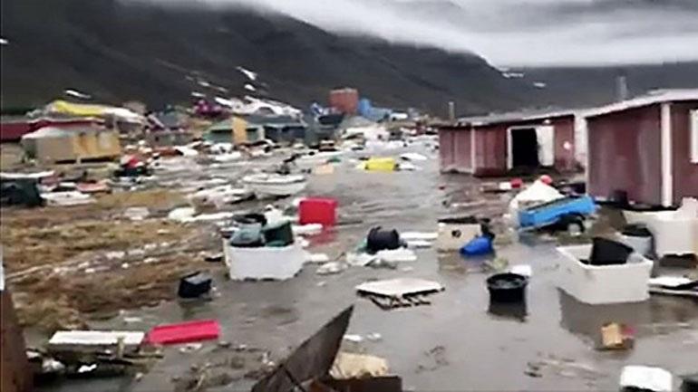 Τέσσερις αγνοούμενοι από τσουνάμι που έπληξε τη Γροιλανδία