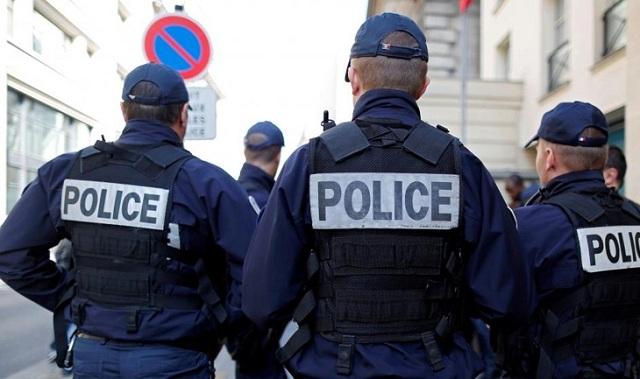 Γαλλία: Αυτοκίνητο έπεσε πάνω σε βαν της αστυνομίας - Εντοπίστηκαν όπλα και εκρηκτικά