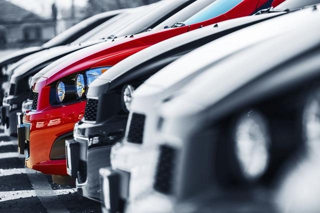 Εμφραγμα στις δημόσιες υπηρεσίες για τα ανασφάλιστα οχήματα