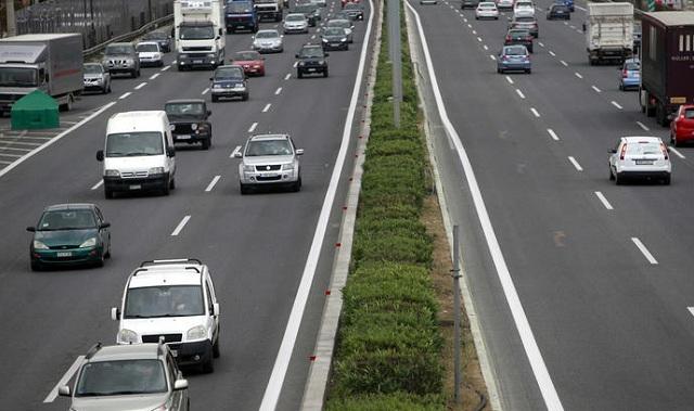 Η τελική πρόταση της κυβέρνησης για τα ανασφάλιστα αυτοκίνητα