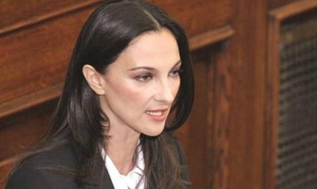 Κουντουρά: Ουδέποτε κατατέθηκε αίτημα για γυρίσματα του Μamma Mia 2 στην Ελλάδα