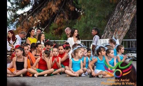 Παραδοσιακοί χοροί και ρυθμική γυμναστική εντυπωσίασαν στην Ν. Αγχίαλο