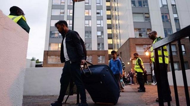 Εκκενώθηκαν πέντε πολυκατοικίες στο Λονδίνο λόγω κινδύνου πυρκαγιάς