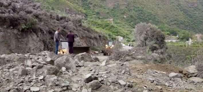 Κίνα: 141 αγνοούμενοι μετά από κατολίσθηση. Τους καταπλάκωσαν λάσπη και βράχοι [εικόνες]