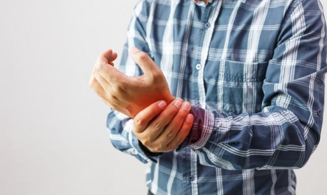 Ρευματοειδής αρθρίτιδα: Ποια καλοκαιρινή τροφή μειώνει φλεγμονή και πόνο