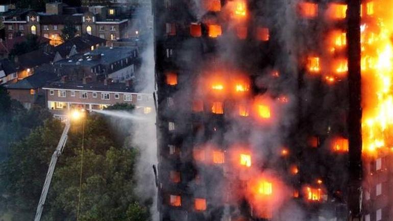 Βρετανία: Εξήντα κτήρια δεν πέρασαν τους ελέγχους ασφαλείας μετά την φονική πυρκαγιά στο Λονδίνο