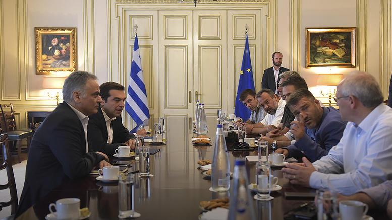 Σε «καλό κλίμα» η συνάντηση ΠΟΕ ΟΤΑ με τον Τσίπρα στο Μαξίμου