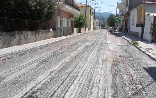 Σύντομα η πλήρης αποκατάσταση της οδοποιίας στην Αγριά