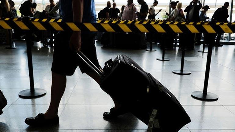 ΗΠΑ: Νέα, αυστηρότερα μέτρα ασφαλείας στις πτήσεις, αλλά όχι απαγόρευση των laptop και tablet